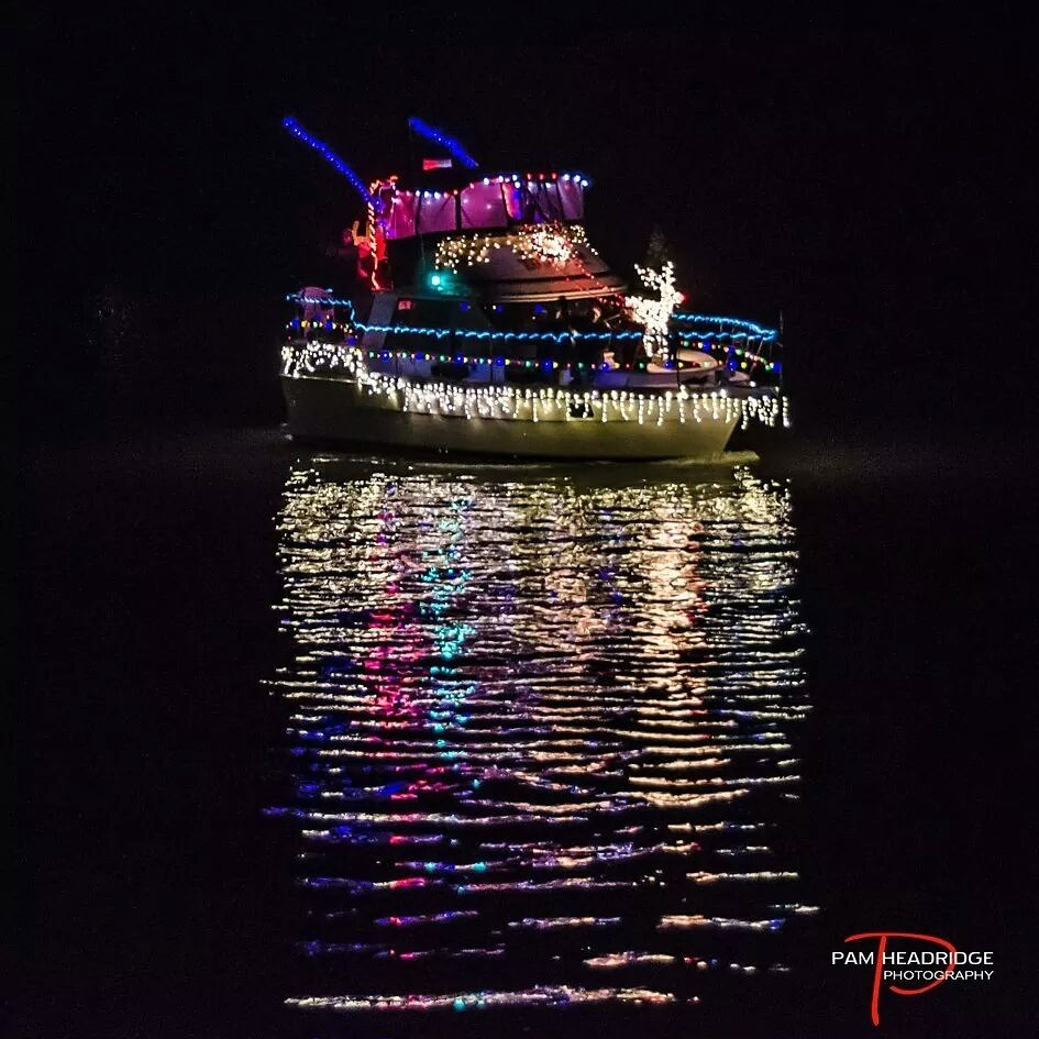 La_Conner_Lighted_Boat_Parade